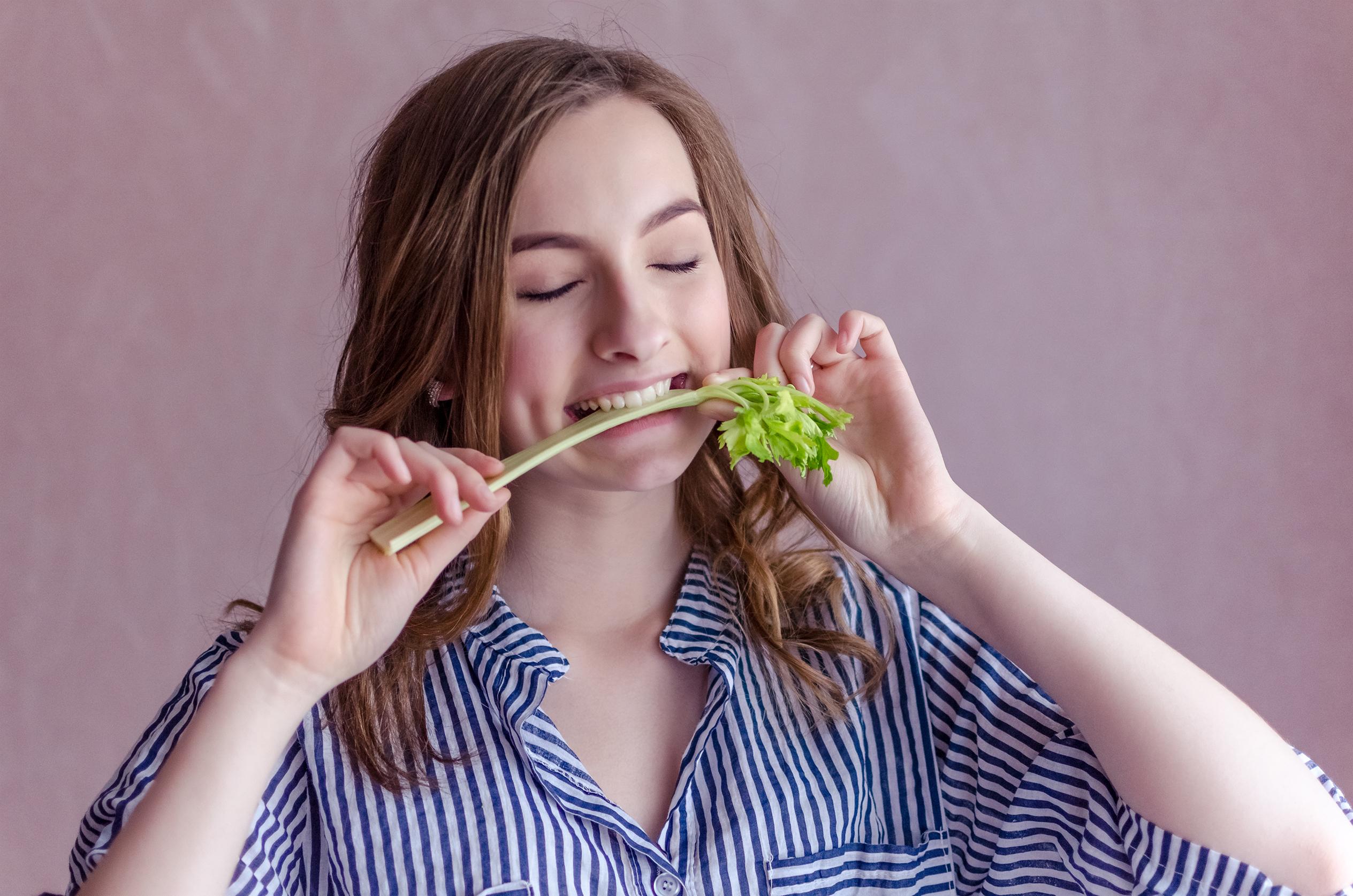 ¿Puede un adolescente ser vegano y mantenerse saludable?