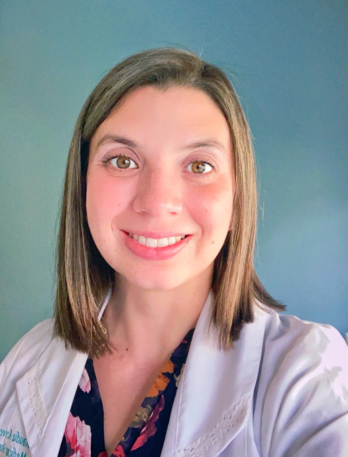 Dra Claudia Acevedo Santelices